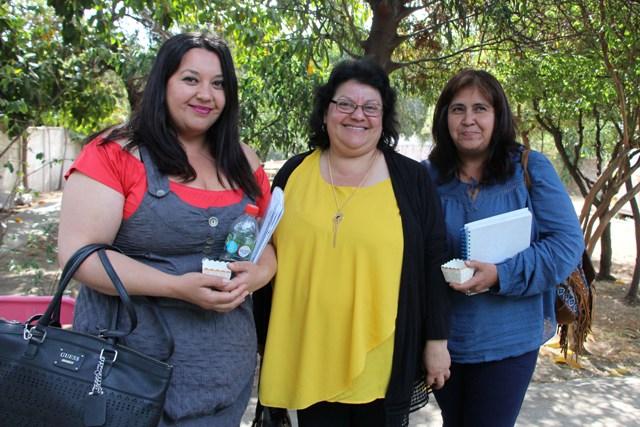 Jéssica González Silva, Magaly Silva Guerrero y María Magdalena Ramires Figueroa de Escuela Los Cerrillos de Catemu.