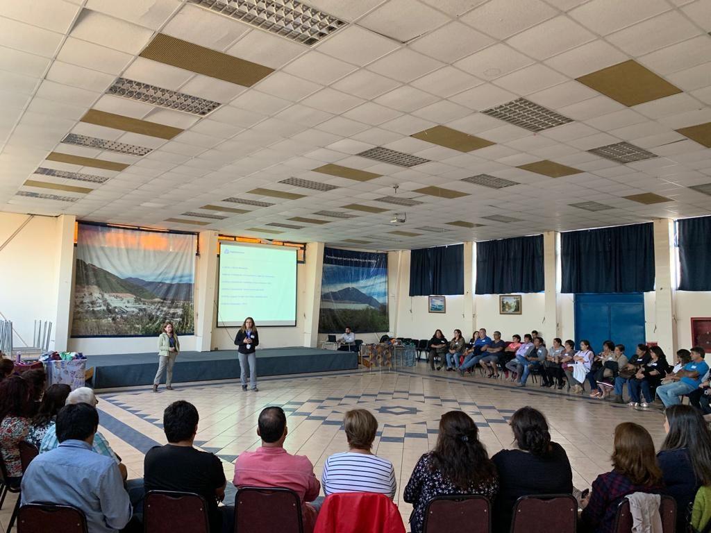 El Primer Encuentro Ampliado con Organizaciones Sociales del 2019, informó sobre el estado de avance del trabajo 2018 mediante mesas temáticas de Desarrollo Sustentable y Calidad de Vida, Gestión Hídrica y Plan de Emergencias del Tranque de Relaves El Torito.