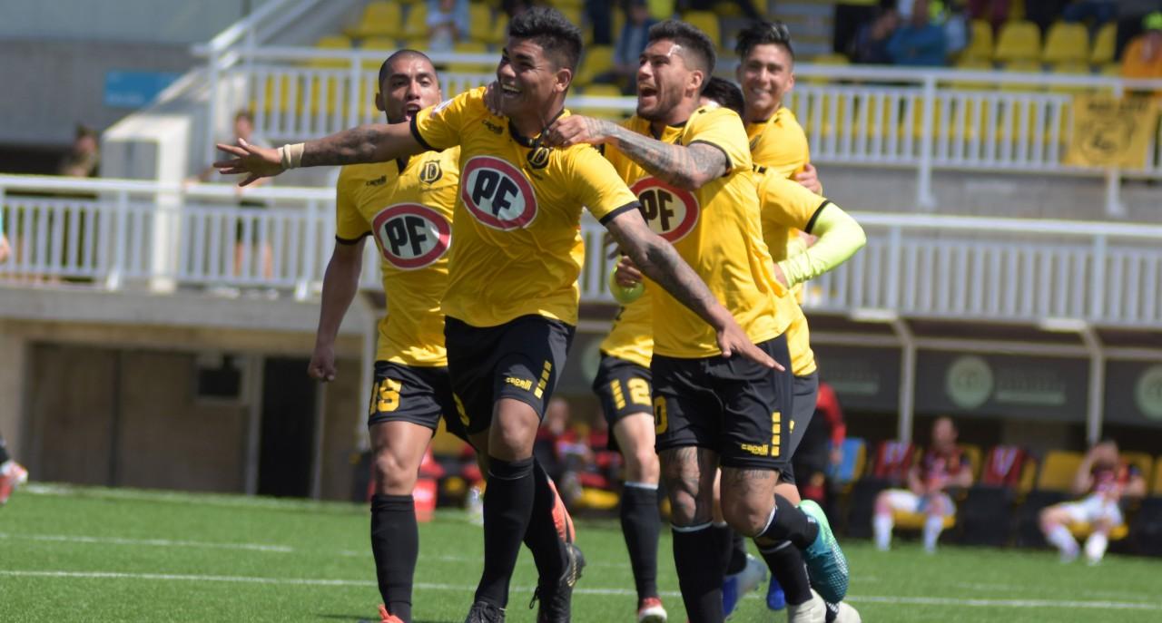 San Luis de Quillota volverá al torneo el próximo miércoles en el Estadio Lucio Fariña - El Observador