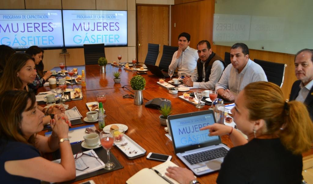 Esval capacitará a 30 Mujeres Gásfiter en las provincias de San Felipe y Los Andes - El Observador