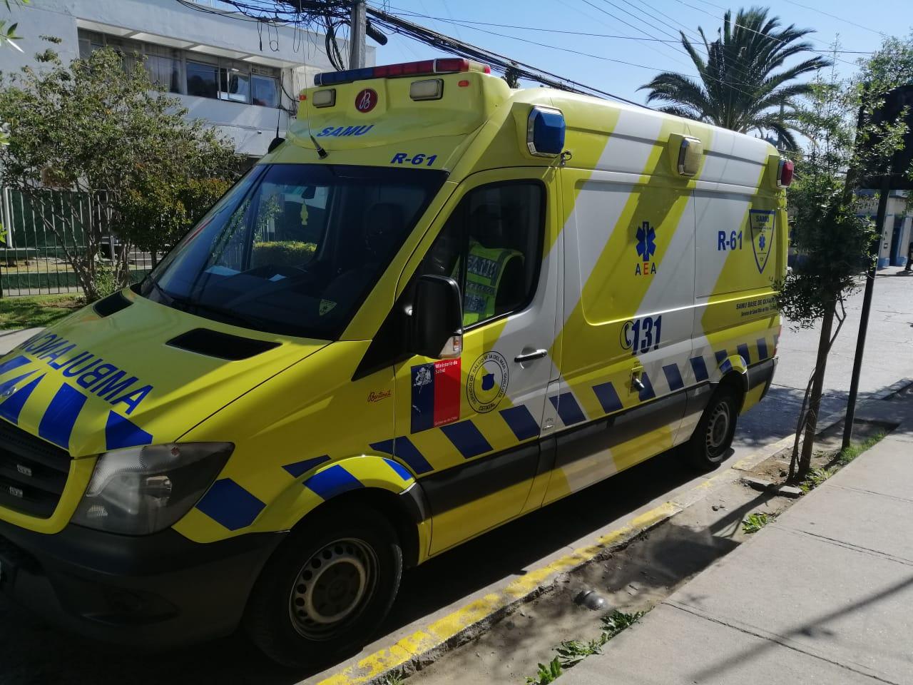 Desconocidos dañaron un ambulancia con piedrazos y patadas en Quillota - El Observador